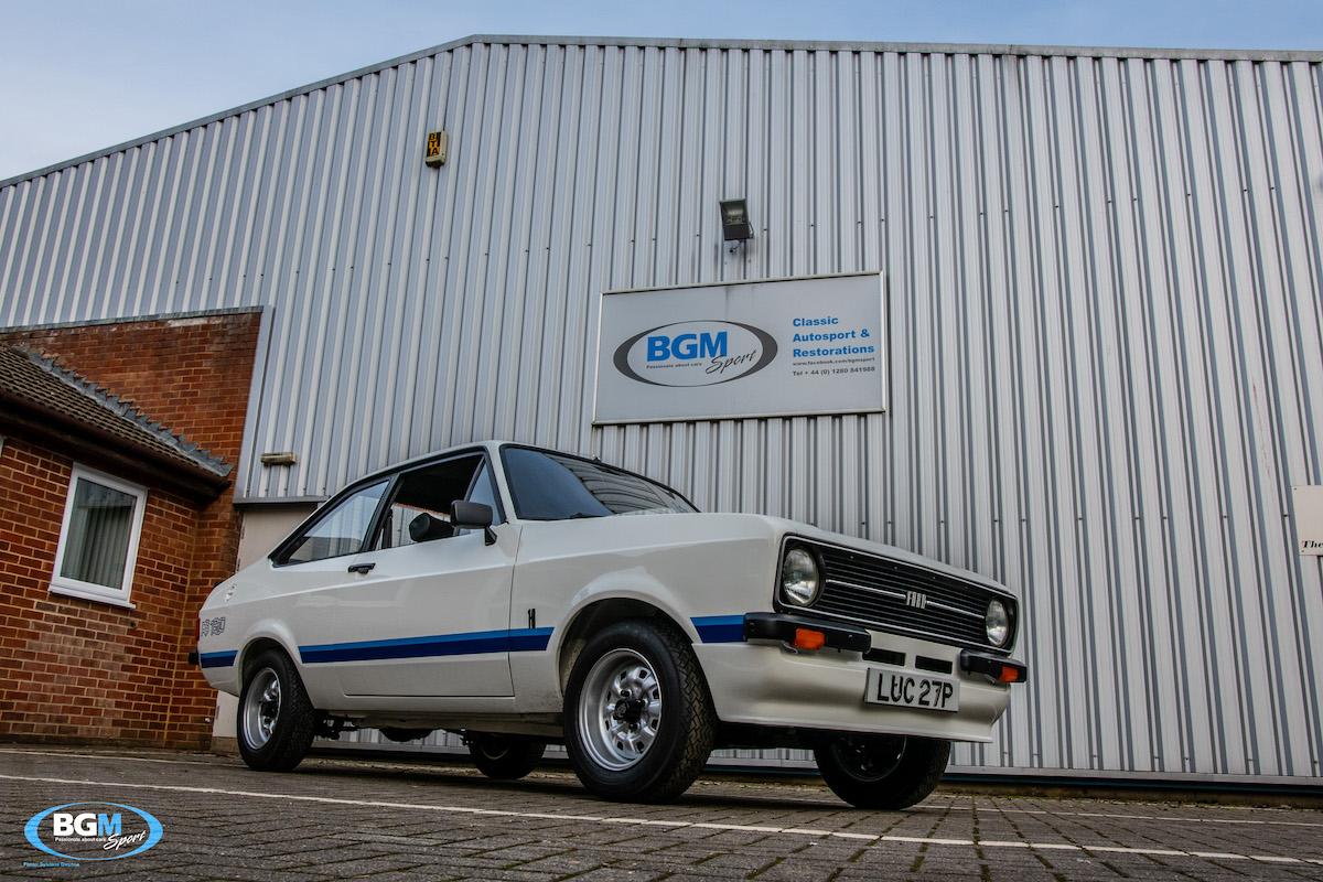 ford-escort-rs1800-71