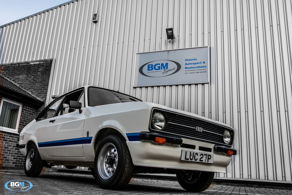 ford-escort-rs1800-72