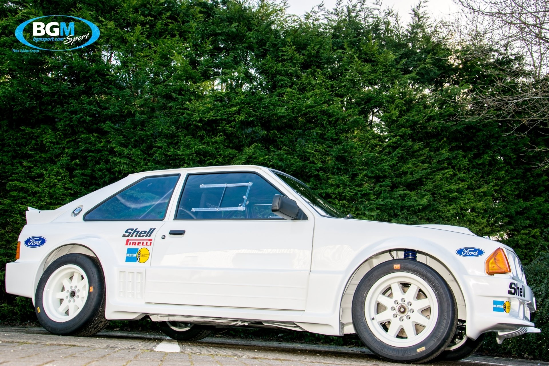 ford-rs1700-t-rally-car-01